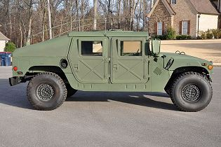 M1025A2 M1025A1 M1025 HMMWV technical data sheet specifications pictures video information description intelligence identification photos images information AM General U.S. Army United States American defence industry military technology