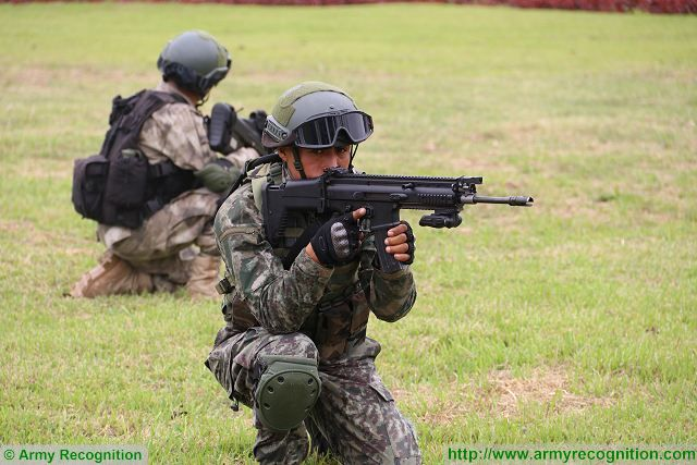 The SCAR assault rifle designed and manufactured by the Belgian Company FN Herstal is now the standard assault rifle of Peruvian Armed Forces Special Forces. The FN SCAR (Special Operations Forces Combat Assault Rifle) is a gas-operated self-loading rifle with a rotating bolt.